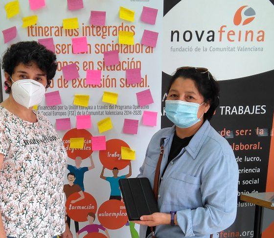 Participantes del programa Itinerarios reciben soluciones tecnológicas para la búsqueda de empleo