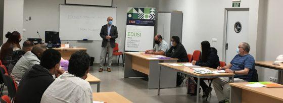 El Ayuntamiento de Quart de Poblet reconoce la excelencia de dos participantes del programa TESIS con una beca